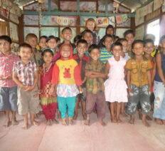 Dare l'occasione ai donatori di sostenere scuole di villaggio